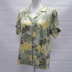 Tommy Bahama Silk Floral Button Up Top Size Medium